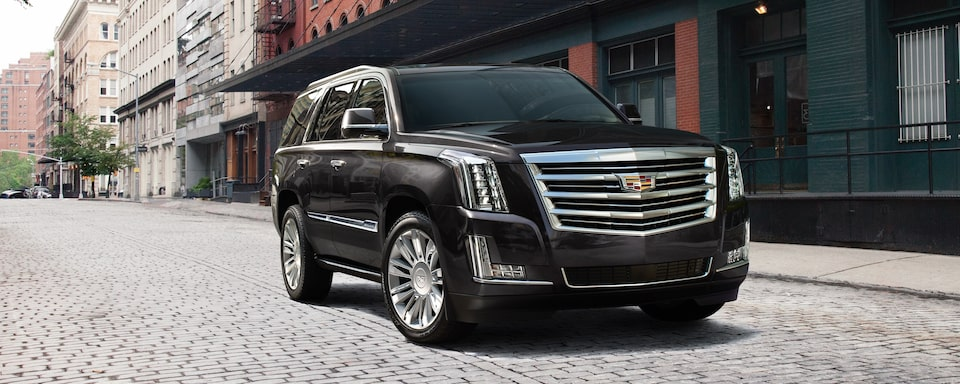 2019 Cadillac Escalade Luxury SUV Exterior Front Three quarters View