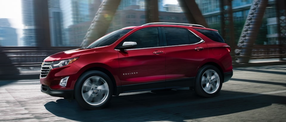 Chevrolet Equinox Small SUX Exterior Side View