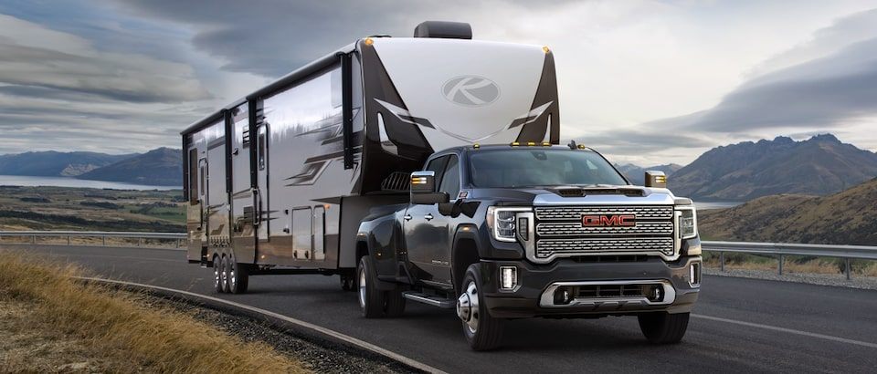 View GM Fleet Chevrolet and GMC Trailering Guides for hitch, weight ratings, technology information and more