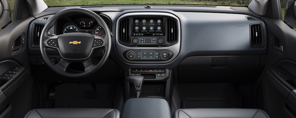 2019 Chevrolet Colorado Small Truck Interior Dash View